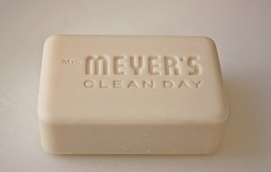 Homemade-Mrs-meyers-handsoap
