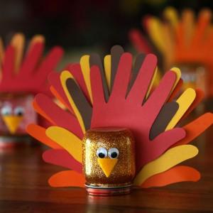 Scrapbook paper wreath tutorial - Diy Thanksgiving Handprint Glitter Globe Turkey