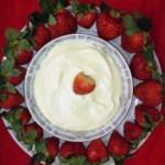 Recipe: Almond Chantilly Strawberry Dip